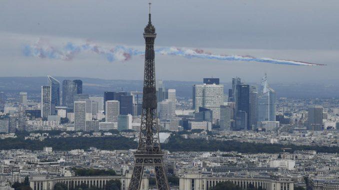 Obavezno nošenje maski na otvorenom u najprometnijim delovima Pariza 2