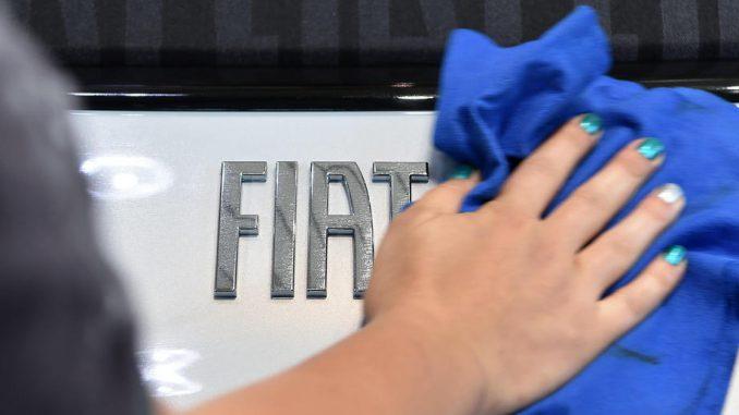 Nastavljen generalni štrajk u fabrici Fijat Plastik koja proizvodi branike za vozila 500L 2
