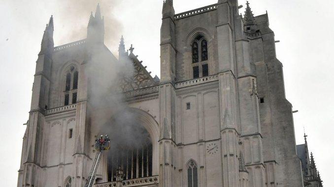 Obnova katedrale u Nantu trajaće najmanje tri godine 6