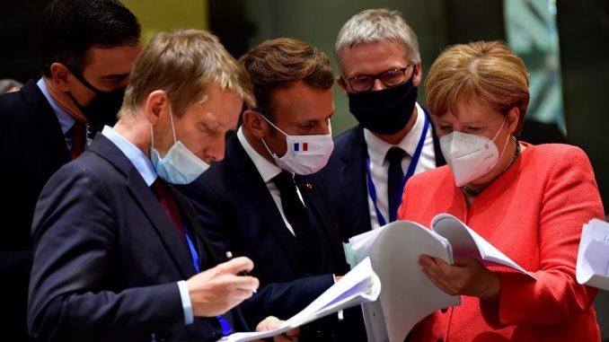 """Predsednik Francuske ocenio samit EU kao """"najvažniji trenutak od stvaranja evra"""" 3"""