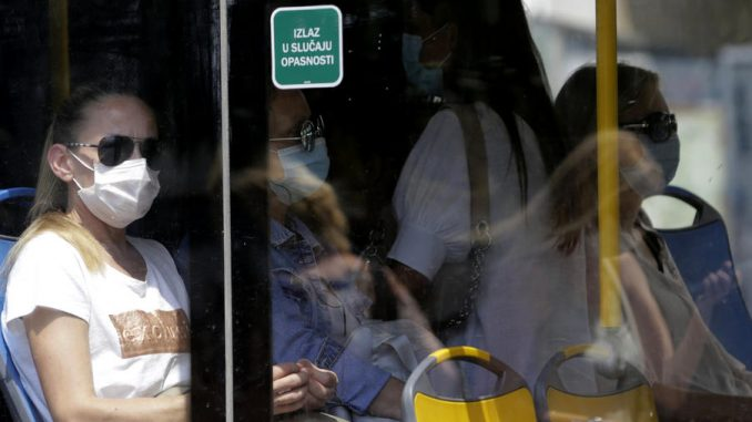 Kočović: Masku u javnom prevozu nosi 94 odsto građana, u tržnim centrima 96 odsto 1