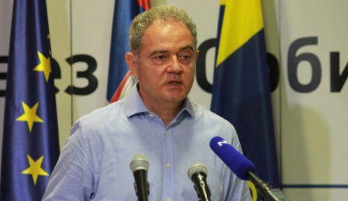 UOPS: DS i Zoran Lutovac su borci protiv režima, Vučićevi mediji podržali njihove protivnike 11