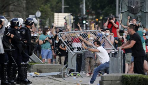 Srbi protestuju širom sveta tražeći demokratiju 12