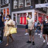 Holandija najavila ukidanje policijskog časa i otvaranje bašti kafića 10