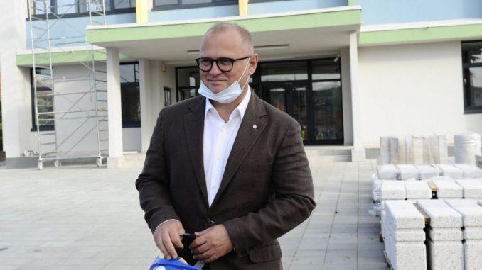 Popović (SSP): Vesić slagao Beograđane kada je u pitanju rekonstrukcija Pete beogradske gimnazije 4