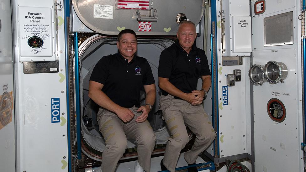 Bob Behnken (L) and Doug Hurley (R)