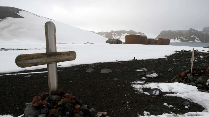 Ledeno groblje, puno hrabrih istraživača: Tužne priče o smrtima na Antarktiku 3