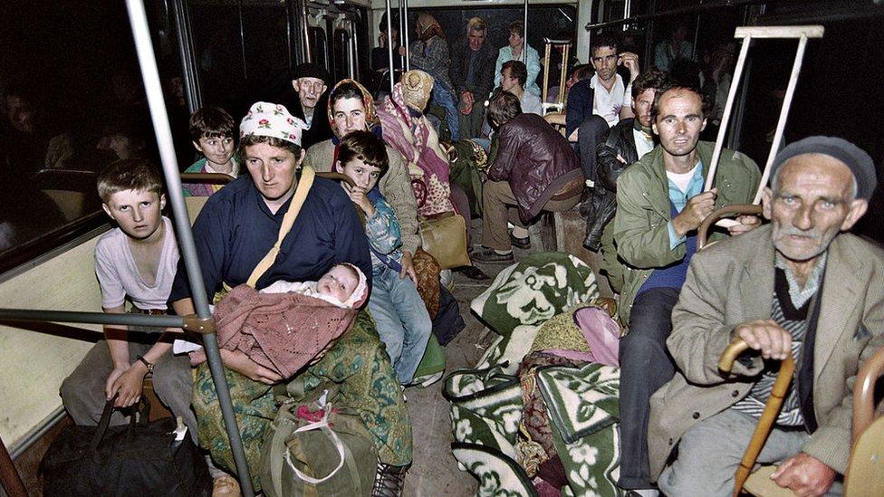 Эvakuaciя bežencev iz Žepы