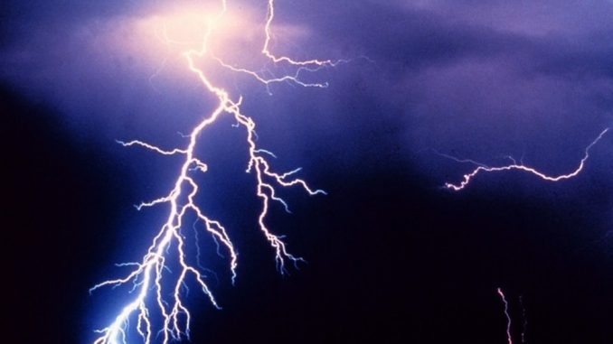 Vremenske nepogode u sred vrelog leta: Otkud grom iz vedra neba 3