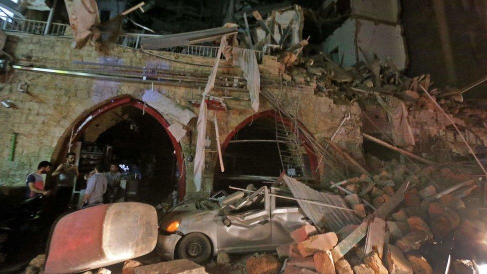 Fotografija nastala 4. avgusta prikazuje ruševine u centru grada