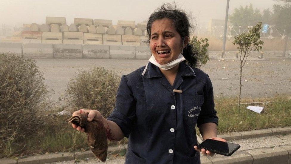 Radnica u lucu Bejruta posle eksplozije