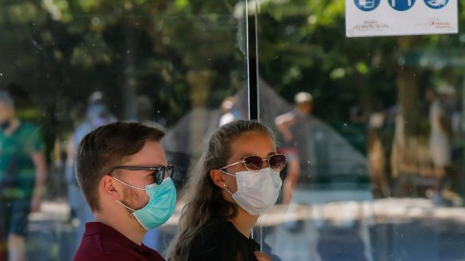 Korona virus: U Srbiji opada broj novozaraženih, lekari pozivaju na oprez - više od 700.000 preminulih u svetu 3
