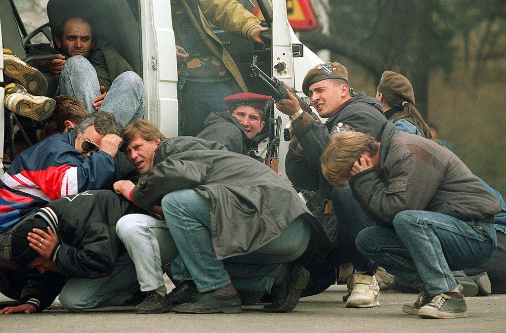 Snaйperskiй obstrel v Saraevo