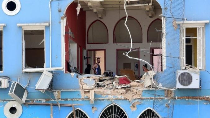 Eksplozija u Bejrutu: Duh solidarnosti na ulicama Bejruta, UN upozorava na humanitarnu krizu 3