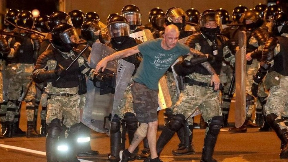 Beloruski specijalci hapse demonstrante, 9. avgust 2020.