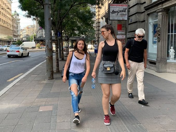 Međunarodni dan mladih, korona virus i Srbija: Kao posledica pandemije manje mladih želi da ode iz zemlje, pokazuje istraživanje 4