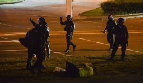 Beloruski izbori: Potreseni nasiljem, ljudi se oslobađaju straha 7