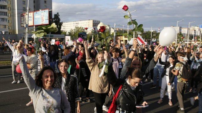 Izbori u Belorusiji: Deo uhapšenih demonstrata pušten, tvrde da u bili mučeni 3