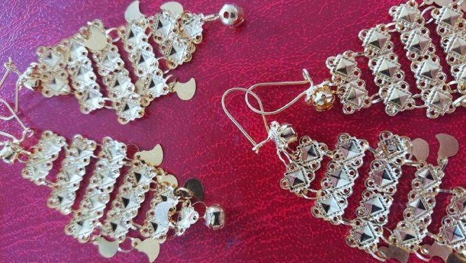 Puna torbica neprijavljenog zlatnog nakita zaplenjena na Gradini 4