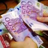 Dugovima građana do rasta privrede 4