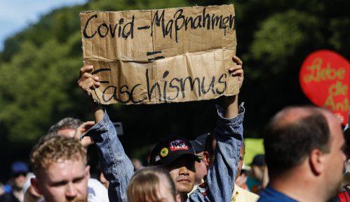 Protesti protiv antiepidemijskih mera: Uvek će biti onih koji ne prihvataju objašnjenja 5
