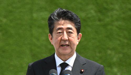 Japanski premijer navukao bes preživelih iz bombardovanja 15