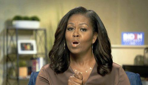 Mišel Obama otvorila demokratsku konvenciju emocionalnom kritikom Trampa 10