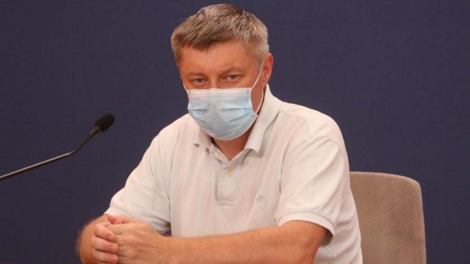 Stevanović: Vakcinacija i prekid svih kontakata koji nisu neophodni su jedine bitne mere 5