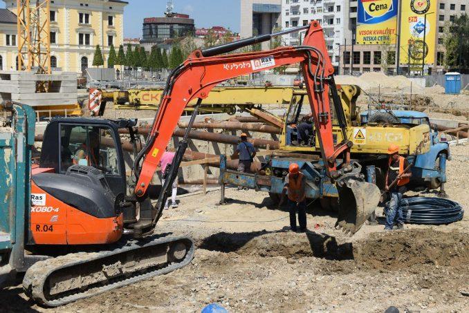 """""""Bager mafija"""" krade po Nemačkoj velike građevinske mašine, koje završavaju na Balkanu 1"""