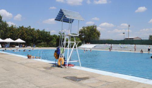 U Negotinu od danas radi gradski bazen, u Boru još bez ublažavanja mera 12