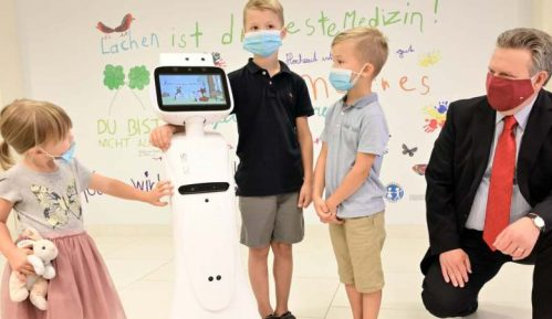 Roboti kao podrška deci i osoblju ambulante klinike u Beču (VIDEO) 10