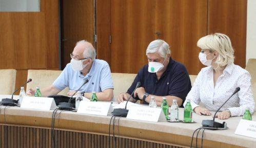 Istraživanje: Svaki drugi građanin Srbije nema poverenje u informacije Kriznog štaba 3