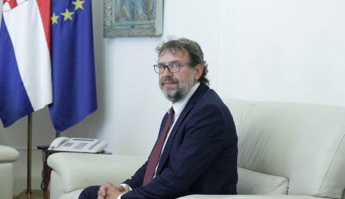Žigmanov: Predsednik Srbije treba da prisustvuje komemoraciji Hrvatima stradalim u Sremu 1