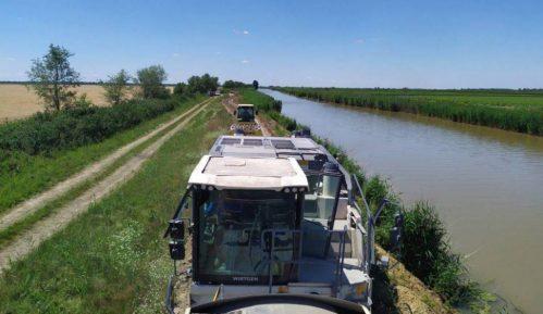 JP 'Vode Vojvodine' dobile od Hrvatske opremu za odbranu od poplava 7