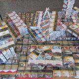U autobusu na liniji Kosovska Mitrovica - Beograd zaplenjeno 150 boksova cigareta 3