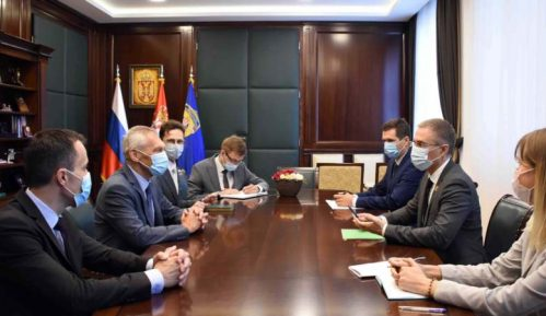 Ministar unutrašnjih poslova Srbije razgovarao s ambasadorom Rusije 15