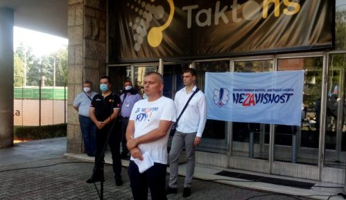 U Novom Sadu protest zbog otpuštanja radnika sa RTV-a 3
