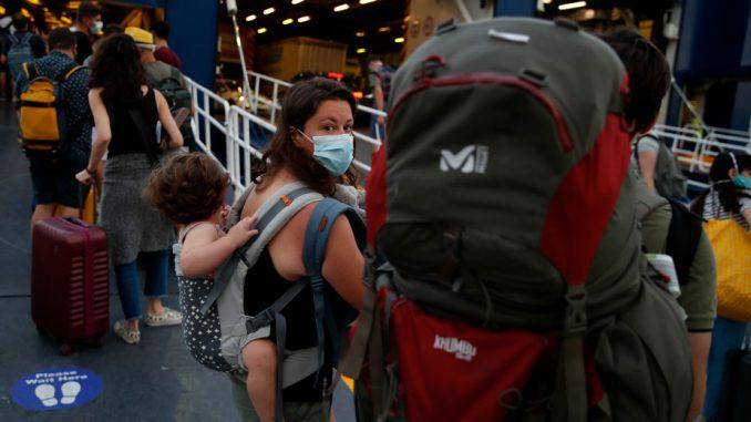 Krf, Halkidika, Kiklade među novim žarištima epidemije u Grčkoj 1