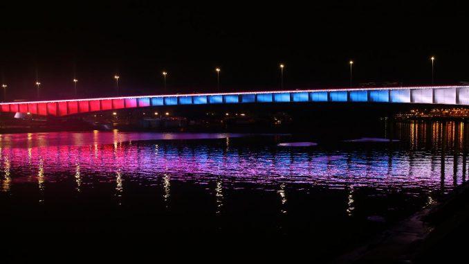 Vesić: Beograd u bojama Libana, u znak podrške građanima Bejruta 4