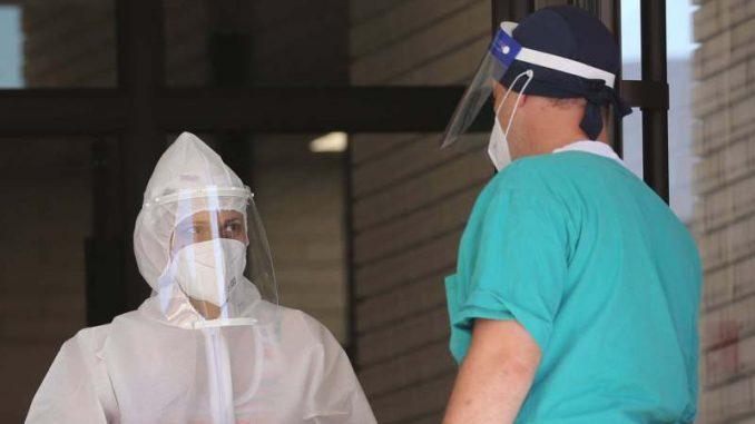 Lekari iz Italije stigli u Srbiju kao ispomoć u borbi protiv korone 4
