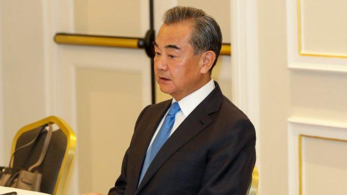 Kineski ministar spoljnih poslova potpisao u Italiji dva trgovinska sporazuma 1