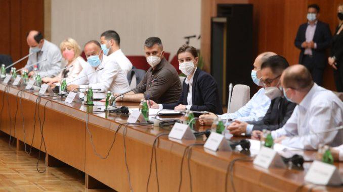 Krizni štab odlučio: Strancima potreban negativan PCR pri ulasku u Srbiju 1