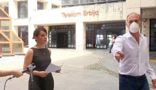 Službenik Telekoma prekinuo konferenciju za novinare Marinike Tepić (VIDEO) 5