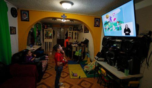 Oko 30 miliona đaka u Meksiku počinje novu školsku godinu nastavom preko televizije 2
