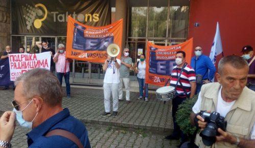 Protest ispred RTV Vojvodine zbog otkaza zaposlenih, traže ostavku rukovodstva 7