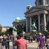 Građani se razišli posle protesta ispred Skupštine Srbije (FOTO) 13