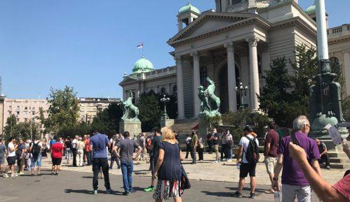 PSG: Dve decenije posle petooktobarskih promena Srbija je opet zarobljena država 7