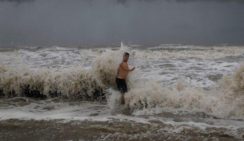 Uragan Laura postao uragan četvrte kategorije 3