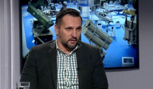 Milovanović: Vučićeva dupla igra u korist privatnog trgovca oružjem šteti Srbiji 6