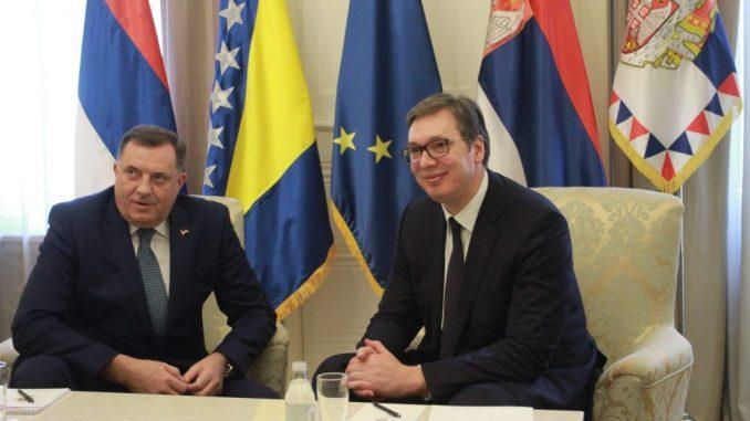 """SDA pozvala Vučića da prestane s """"dvoličnom i agresivnom politikom prema BiH"""" 5"""